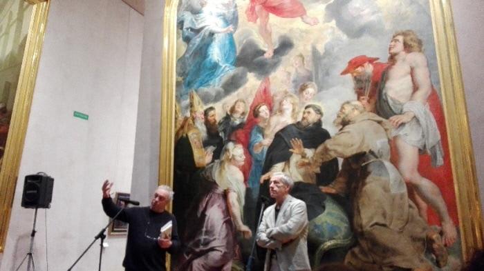 JC Rufin devant un tableau de Rubens de