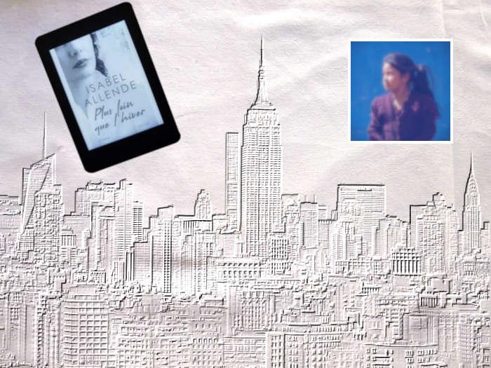 Liseuse avec le livre d'Isabel Allende, Plus loin que l'hiver sur fond de New York, photo de jeune femme.