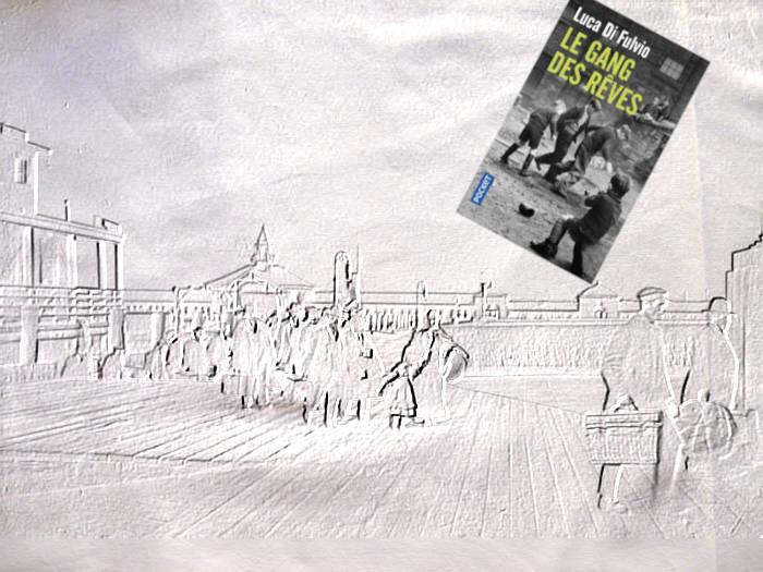 Livre de Luca Di Fulvio, Le gang des rêves avec des émigrants débarquant à Ellis Island dans les années 1930.