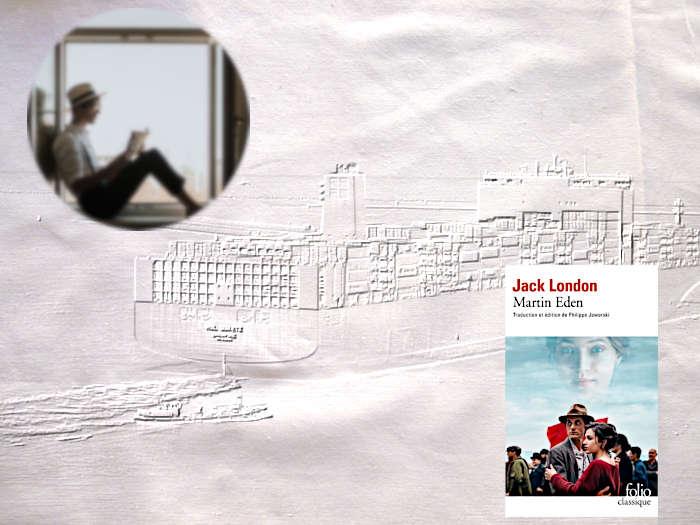 En filigrane un bateau cargo, en médaillon, un jeune homme qui lit. Couverture du livre de Jack London, Martin Eden