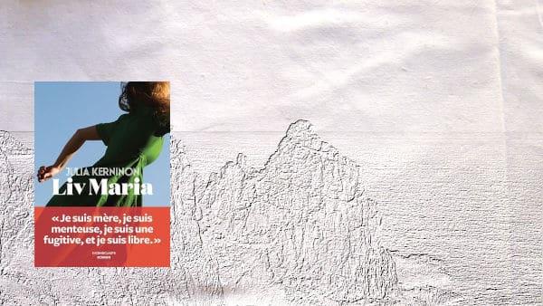 Côtes bretonnes à l'arrière plan, couverture du livre de Julia Kerninon, Liv Maria au premier plan