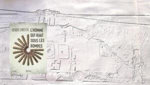 En arrière-plan, un hélicoptère de l'armée américaine, au premier plan, la couverture du livre de Benoît Christal, L'homme qui riait sous les bombes