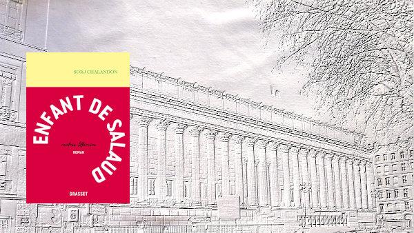 A l'arrière-plan, le palais de justice de Lyon, où se déroula le procès de Kaus Barbie en 1987, au premier plan, couverture du livre de Sorj Chalandon, Enfant de salaud.